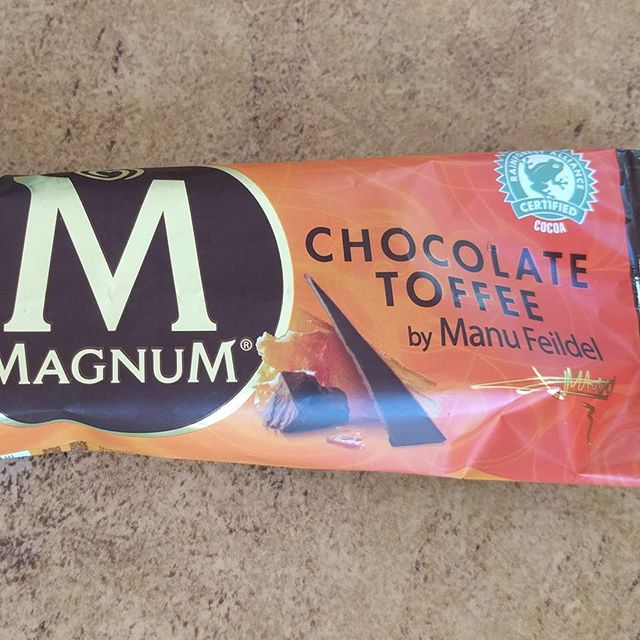 Rather underwhelmed by Manu's chocolate toffee Magnum.