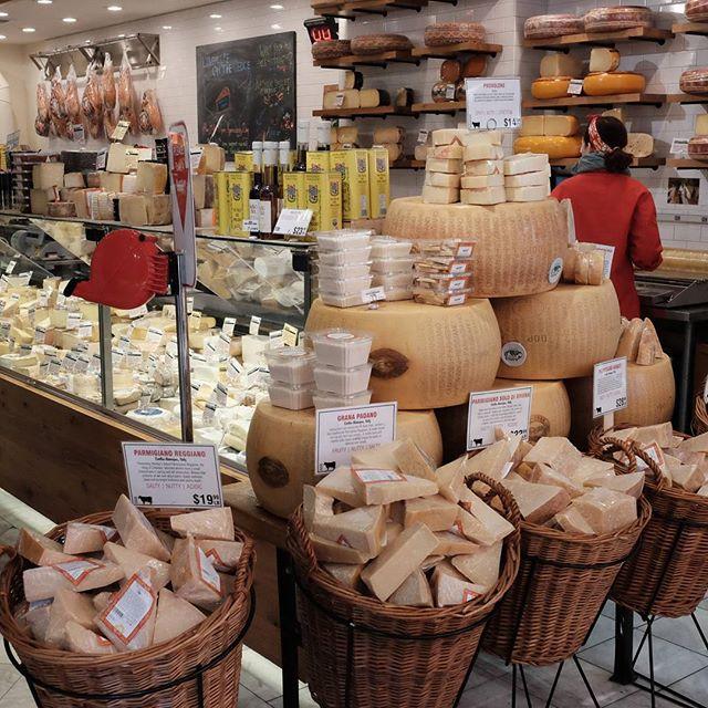 Some more cheese ? @jessicarette @aweekendchef #newyork #newyorkfood #nyc #nyceats #perthfoodblogger #perthfoodblog #food #foodblogger #foodblog #foodstagram #yelp #yelpnyc #foodie #perthfoodie #morselsusa #morsels