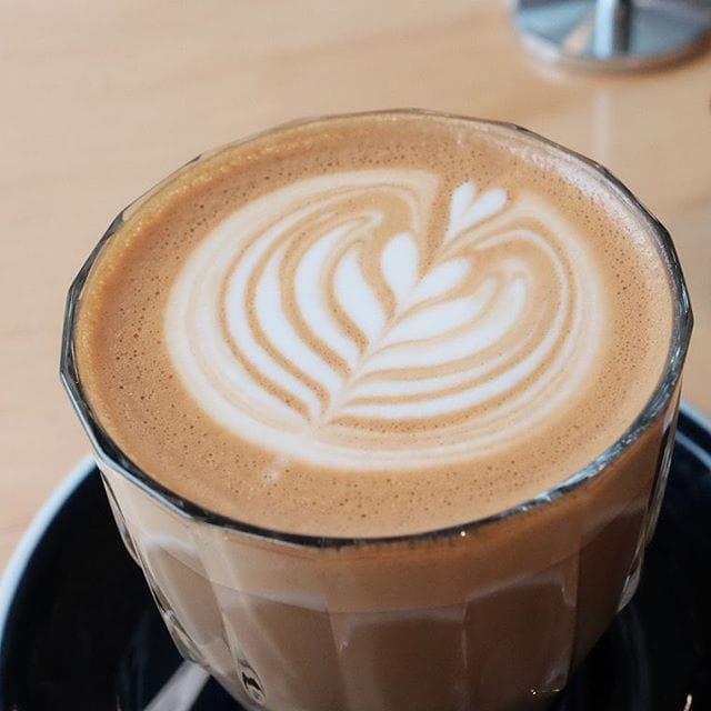 Beautiful coffee from Top Shelf Coffee roasters at Frisch and Barc #perth #perthfood #perthfoodblogger #perthfoodblog #food #foodblogger #foodblog #foodstagram #yelpperth #foodie #perthisok #pertheats #urbanlistperth #tasteperth #breakfast #breakfastinperth #perthbreakfast #fcba #atasteofperth #perthfoodie #ozeatingwa #soperth #broadsheetperth #morsels