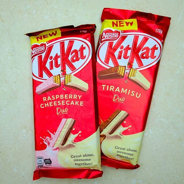 It's not just about the Tim Tams this weekend, there are new Kit Kats to try as well! There are two combos - raspberry & cheesecake and tiramisu, which is espresso & mascarpone. - The main flavours are as advertised, although a bit fake tasting. I think the cheese ones are the same, and don't taste of much. Worth trying if you like the sound of them.